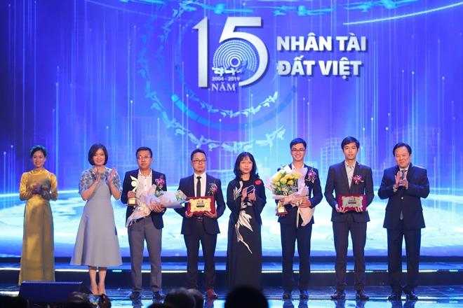 Nhóm các tác giải đạt giải Ba lĩnh vực CNTT